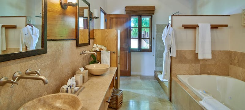 Master bathroom at Calabash Luxury Boutique Hotel & Spa