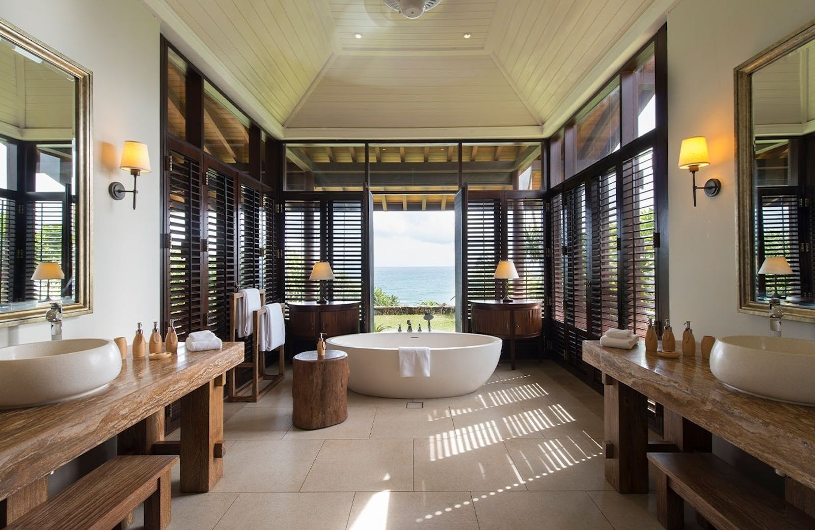 Bathroom example at Cape Weligama