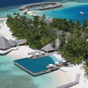 overview of huvafen fushi maldives