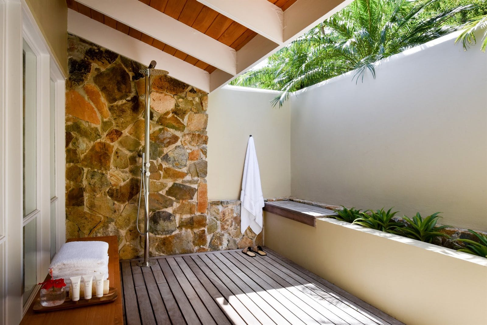 Outside shower area at Rosewood Little Dix Bay
