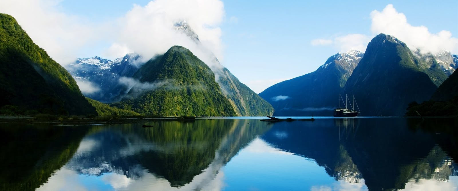 milford sound excursion 360 miles