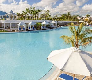 Pool at Melia Cayo Coco