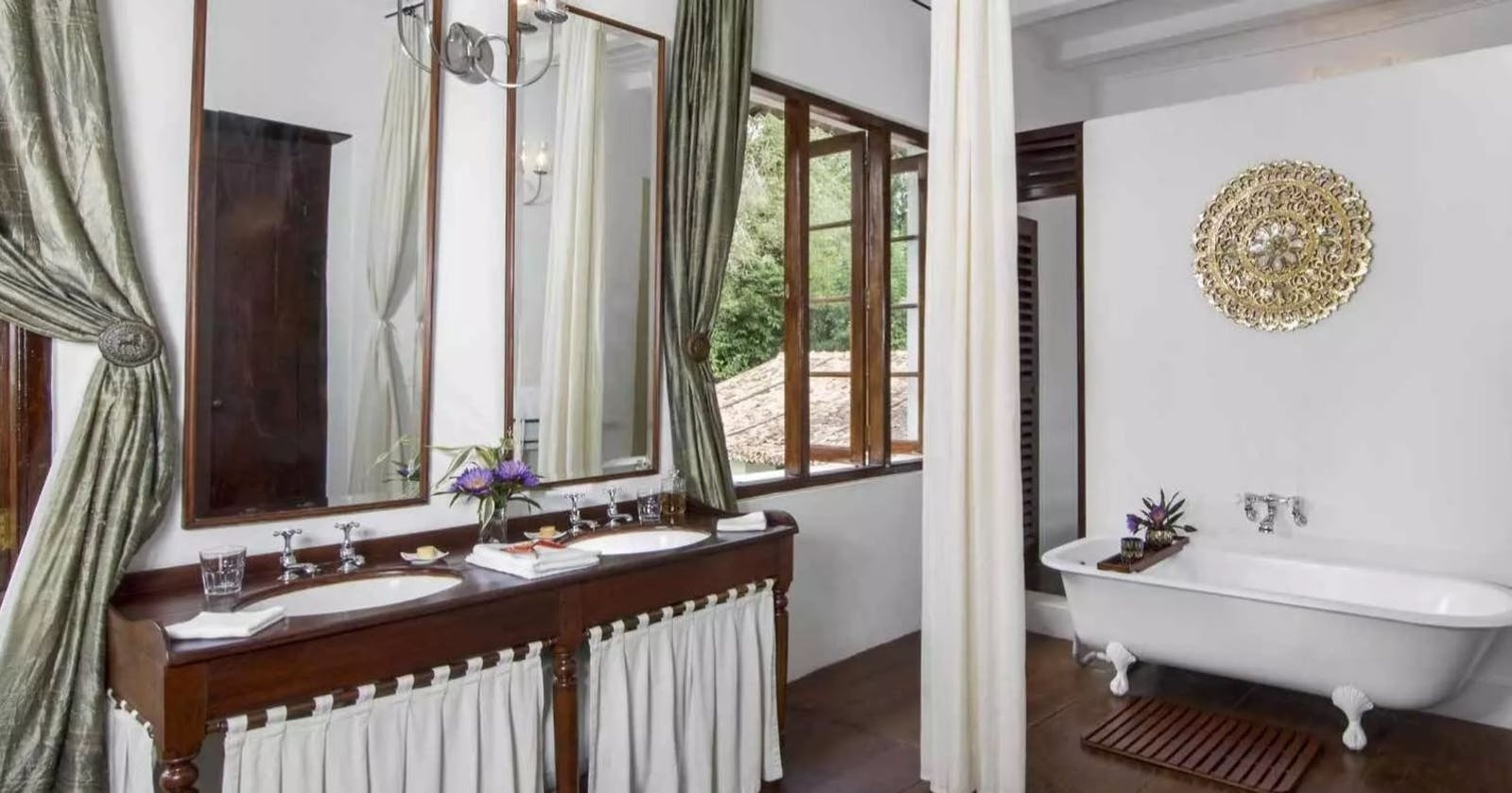 Bathroom Facility, Kandy House, Kandy, Sri Lanka