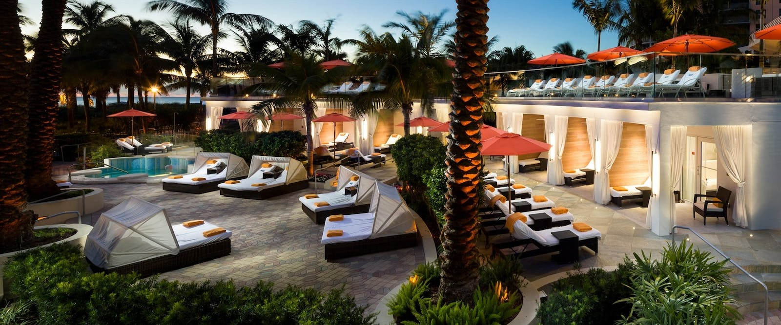 soak cabanas at loews miami beach