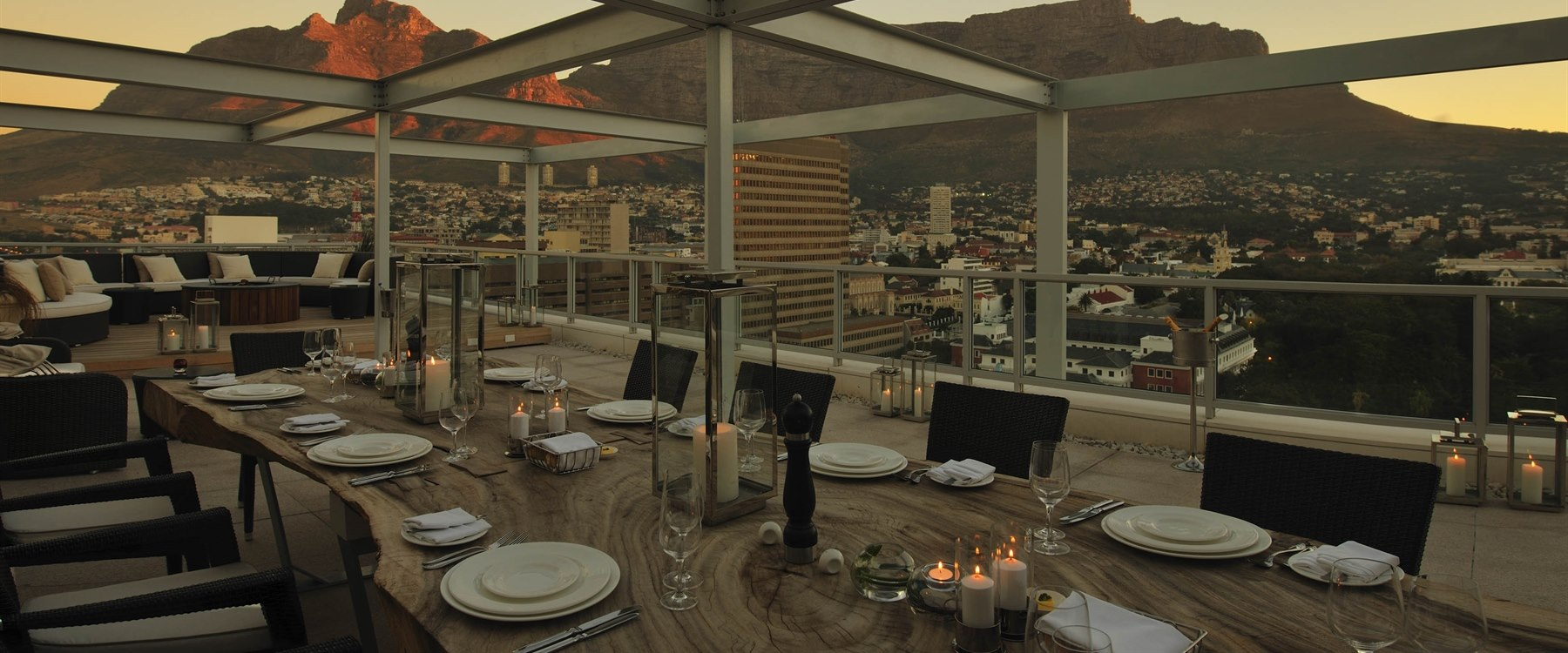 Roof top dining at Taj Cape Town