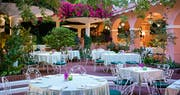 Beverly Hills Hotel - Polo Lounge Patio
