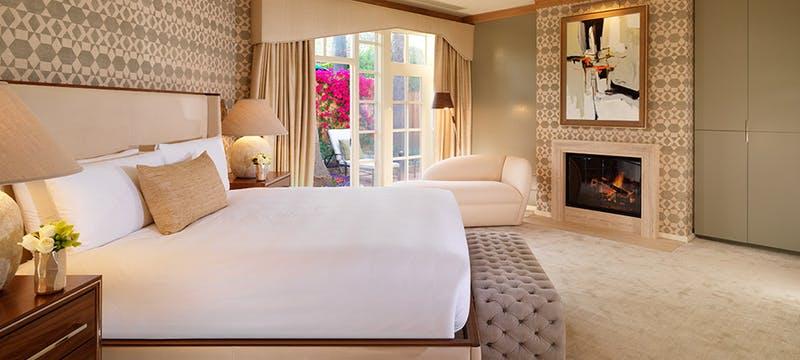 Beverly Hills Hotel - Bungalow Bedroom