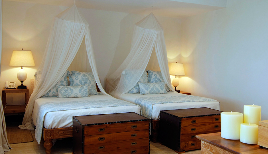 Twin room at Carenage Villa, Canouan