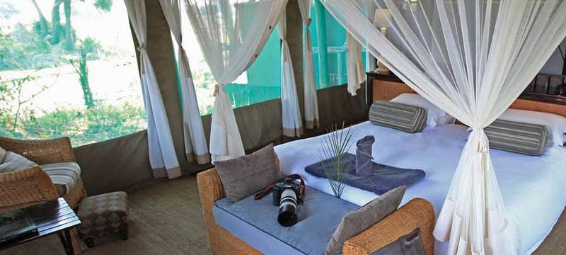 Luxury En-suite Bedroom at Duba Plains Camp, Bostwana