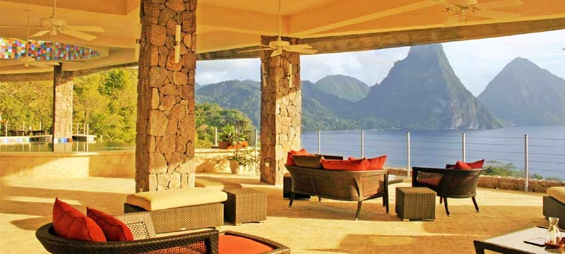 Private infinity pool overlooking the ocean at Jade Mountain, St Lucia