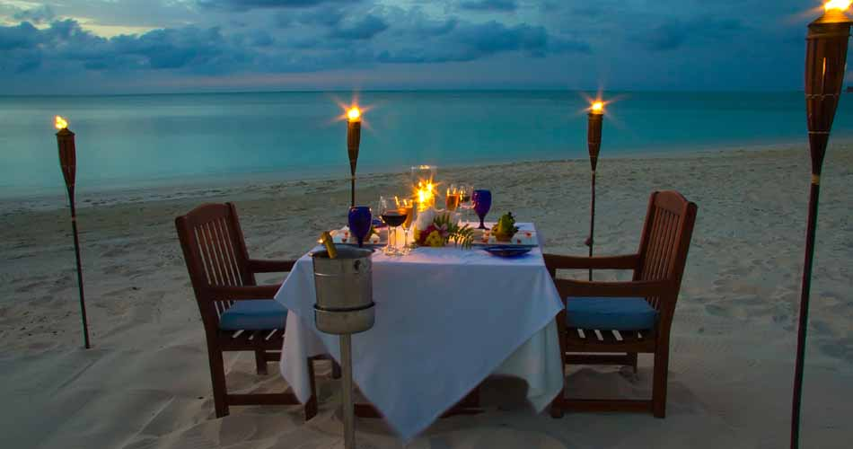 Beachfront Dining at Grace Bay Club, Turks And Caicos