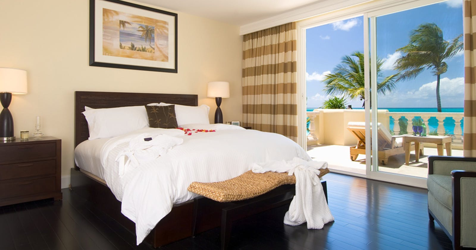 Bedroom at Grace Bay Club, Turks And Caicos