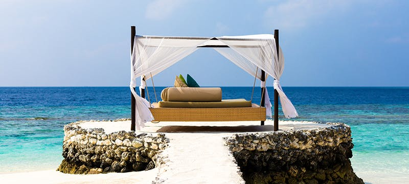 Day Bed at PER AQUUM Huvafen Fushi, Maldives