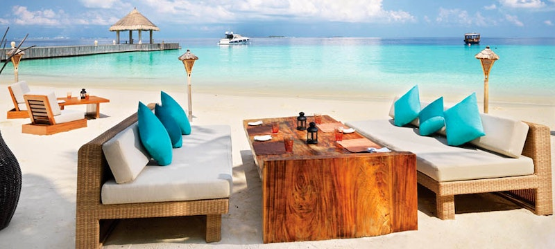 Mu Beach Bar & Grill at Jumeirah Vittaveli, Maldives
