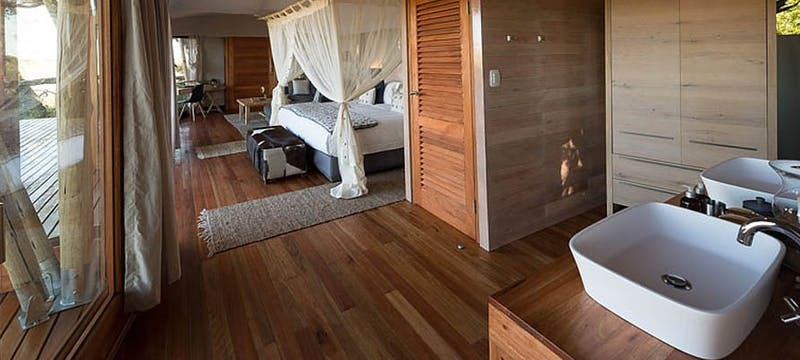 Luxury en-suite bedroom at Kwetsani Camp, Africa