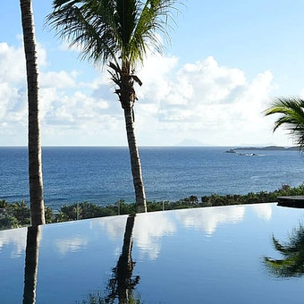Infinity pool at Hotel Le Toiny, St Barths