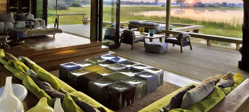Multi-decked lounge at Vumbura Plains, Bostwana