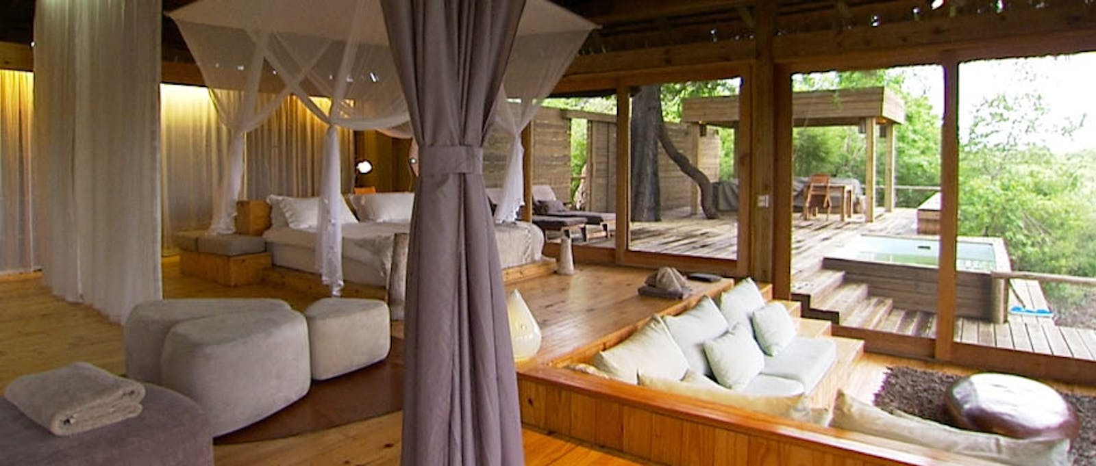 Luxury En-suite Bedroom at Vumbura Plains, Bostwana