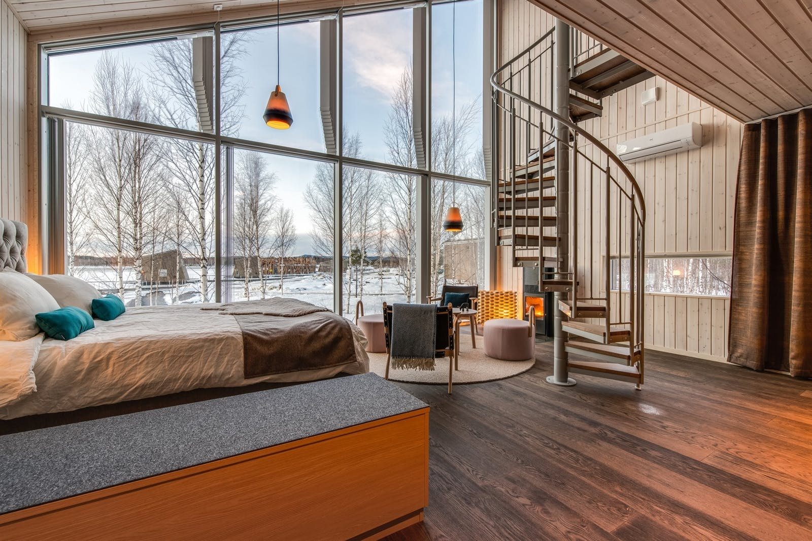 Land Cabin wth spiral staircase leading to a loft, Arctic Bath, Sweden