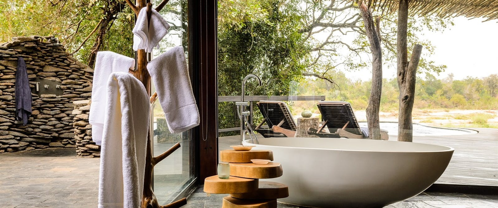 Outdoors Bath At Singita Pamushana Lodge