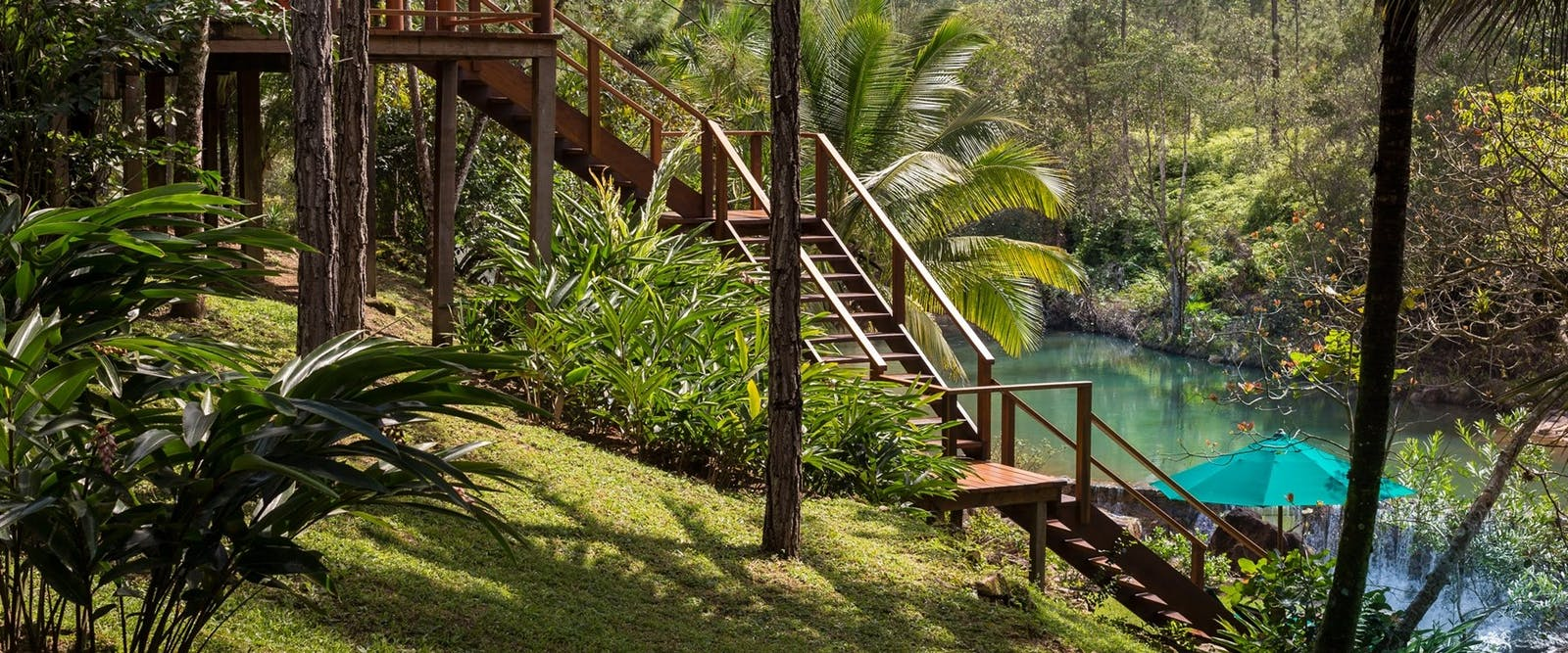 beautiful gardens, Blancaneaux Lodge, Belize