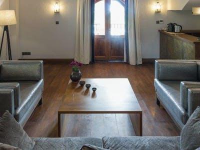 abbey suite