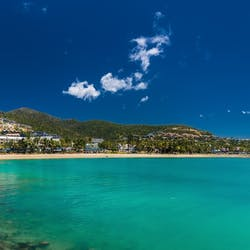 Luxury Airlie Beach Holidays