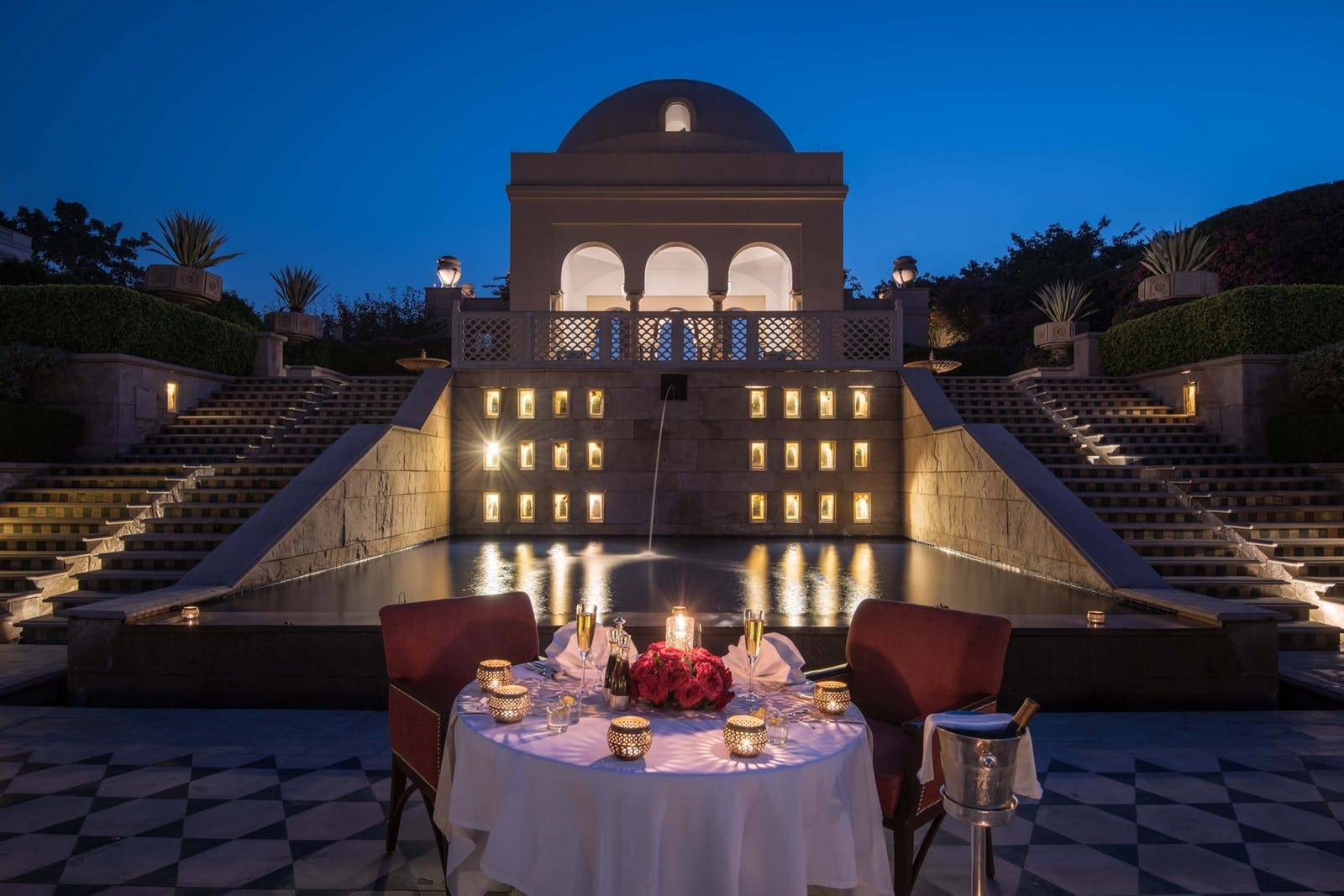 dine under the stars at the oberoi amarvillas agra