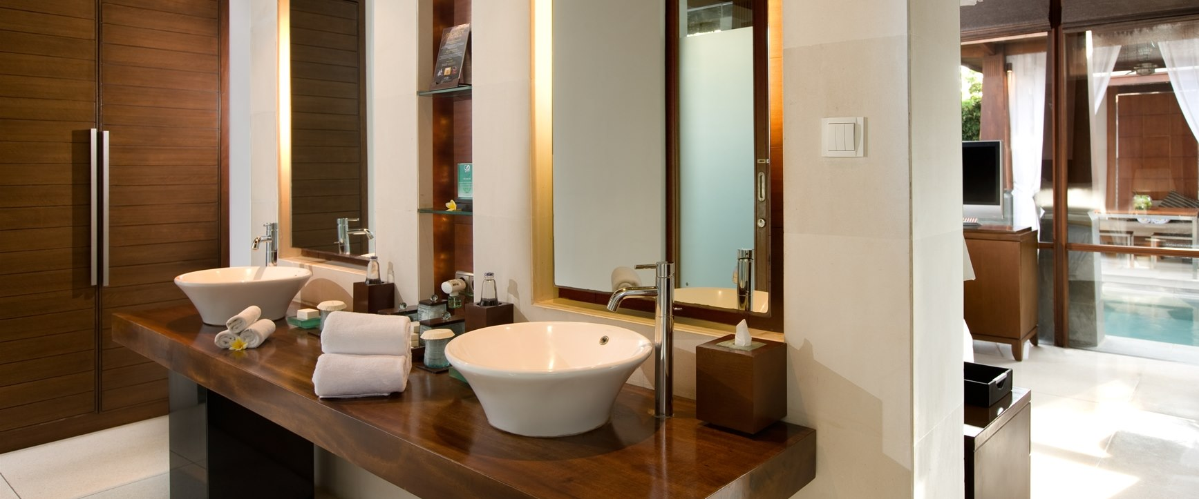 Amenities at at The Kayana, Bali