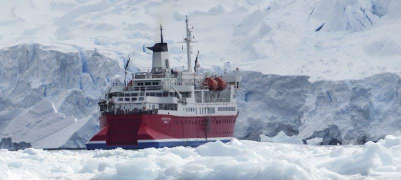 G Expedition ship, Antarctica
