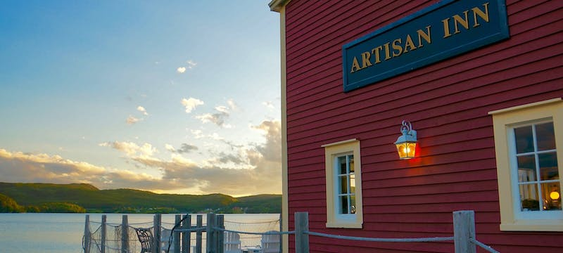 Exterior of Artisan Inn
