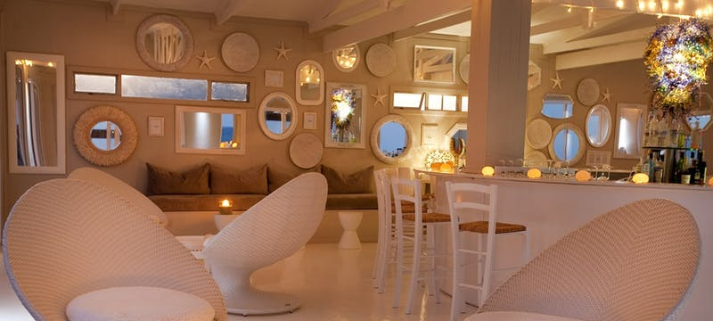 Bar at White Pearl Resort