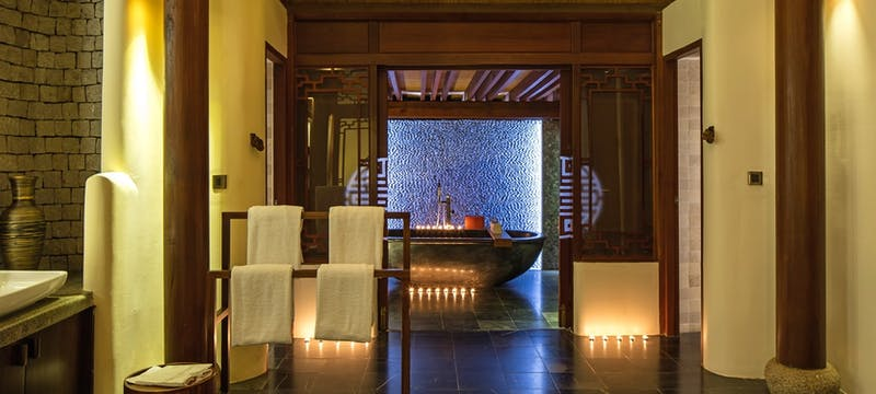 Bathroom sunset pool villa 2 bedroom at An Lam Retreats Saigon River