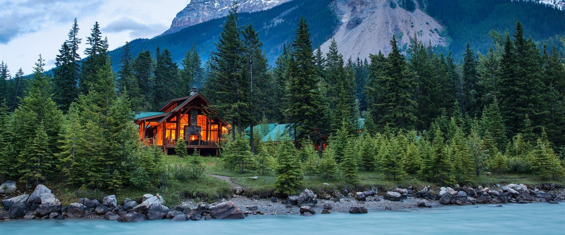 cathedral mountain lodge british columbia canada. Black Bedroom Furniture Sets. Home Design Ideas