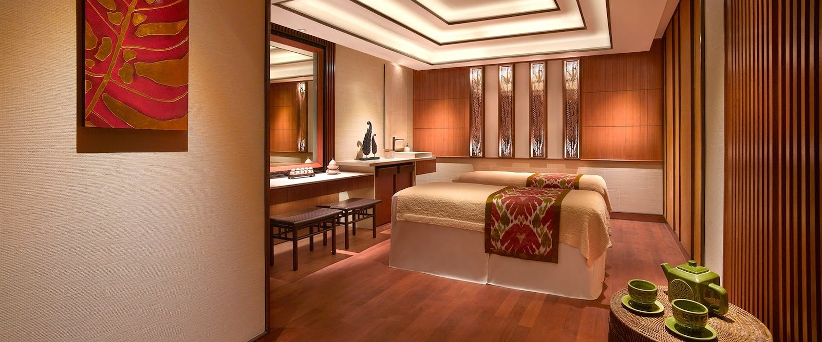 CHI spa couple treatment room at Shangri-La Hotel, Singapore