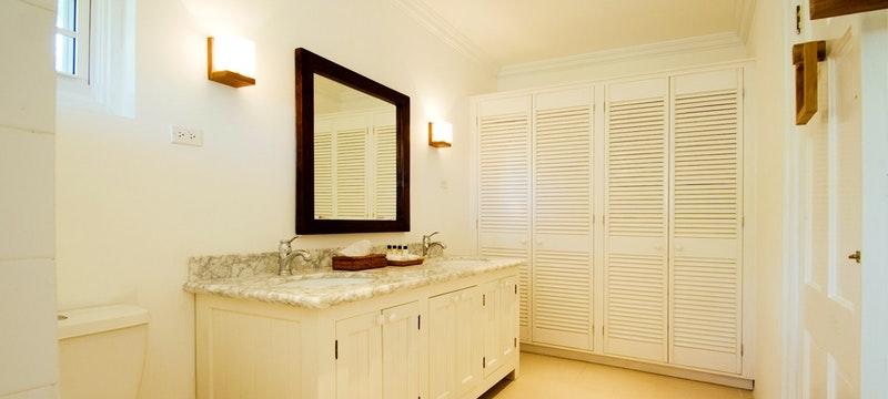 Coastal view suite bathroom at The Atlantis, Barbados
