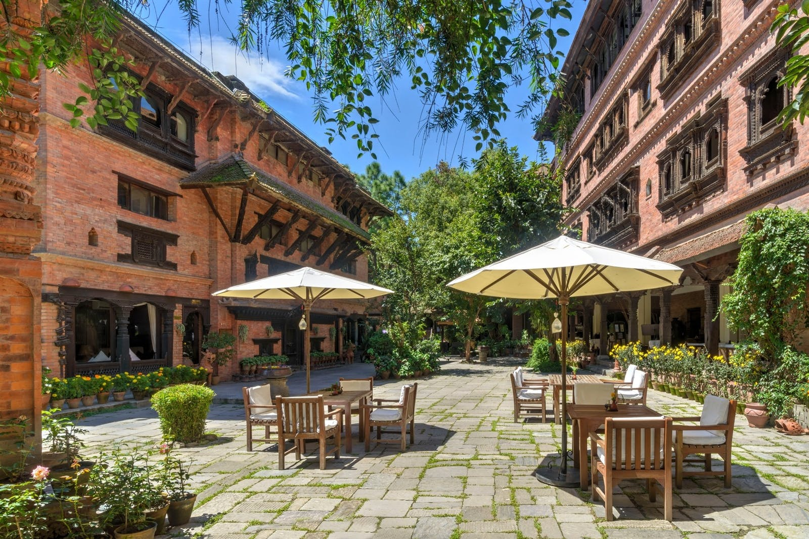 courtyard at dwarikas hotel