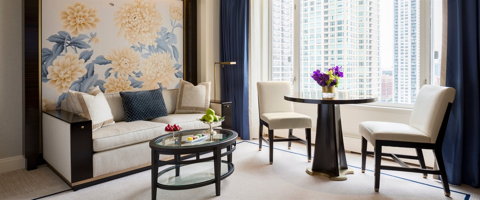 Deluxe Guestroom Living Area at Peninsula Chicago