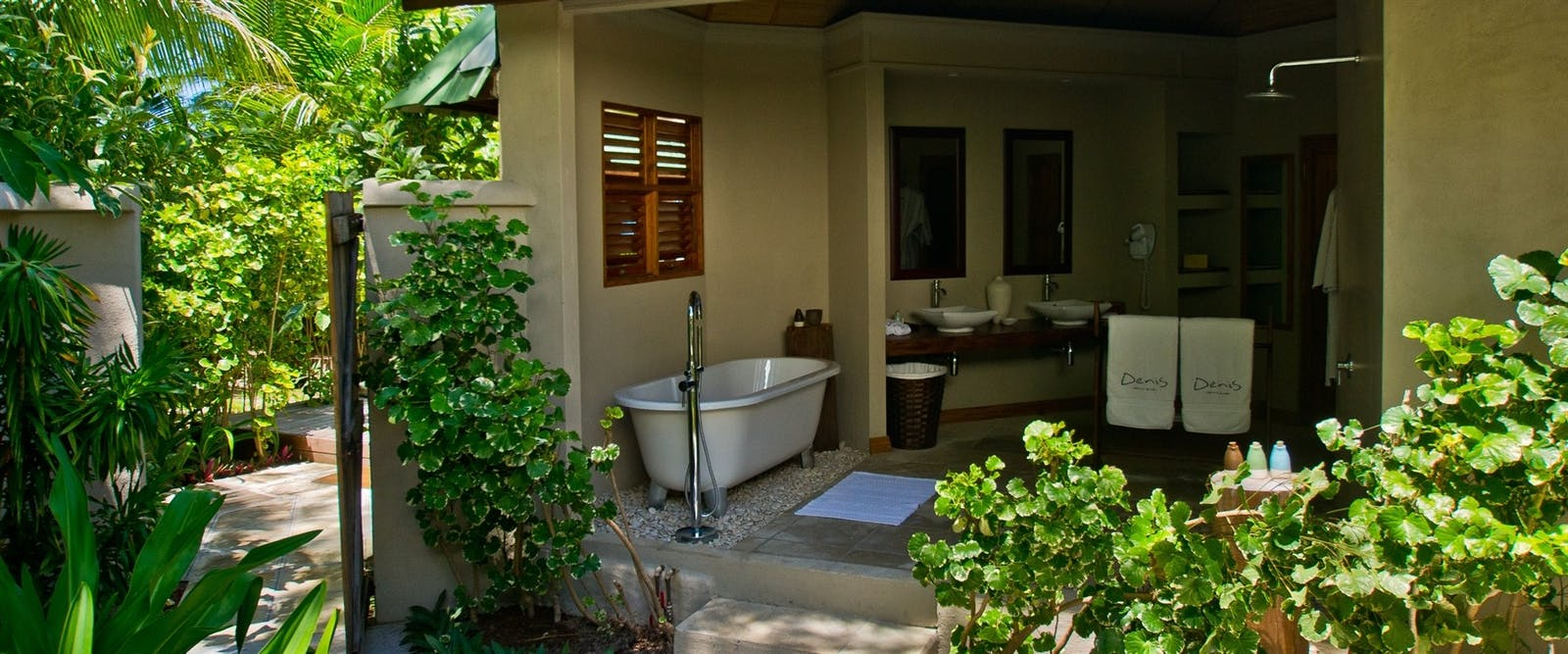 Outdoor Bathroom at Denis Private Island, Seychelles