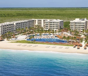 Beachfront view, Dreams Riviera Cancun Resort & Spa