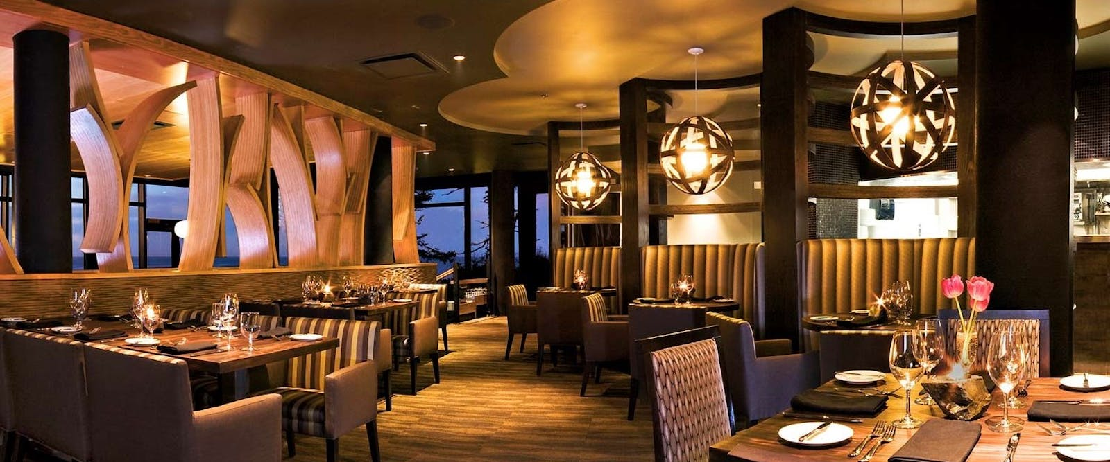 Fetch Restaurant At Black Rock Oceanfront Resort