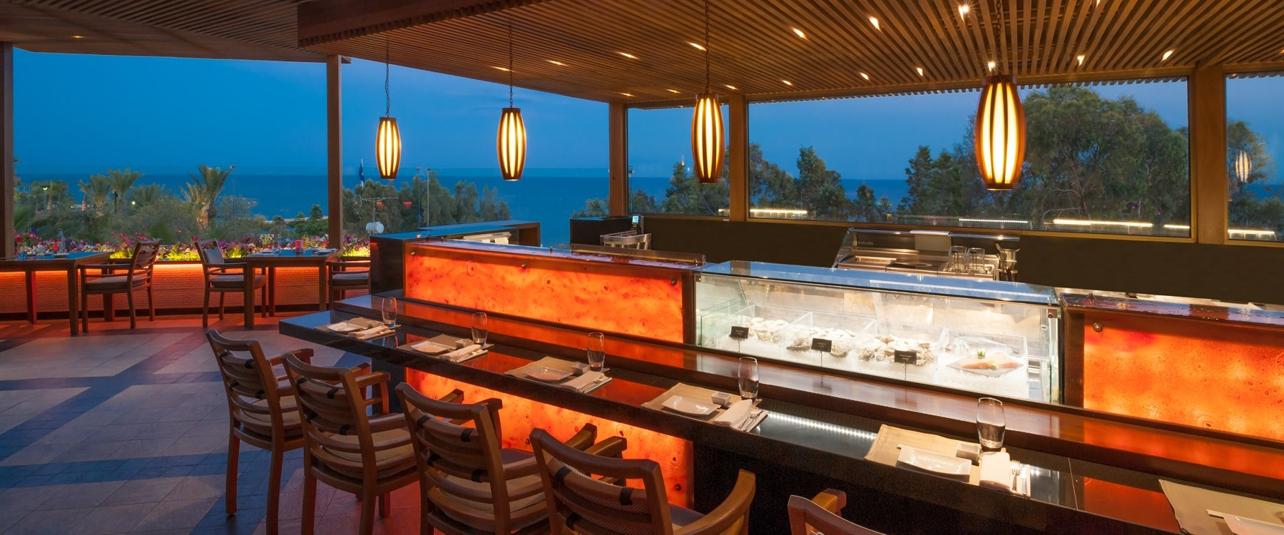 Seafood Bar at Four Seasons Hotel Cyprus