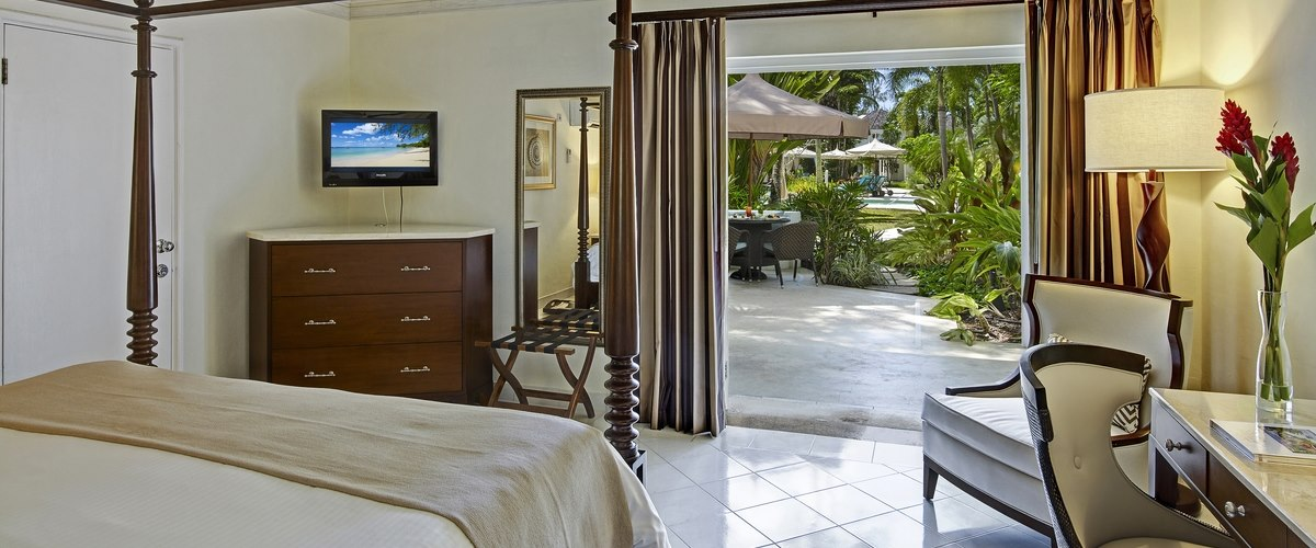 Pool Garden View Room at Colony Club by Elegant Hotels