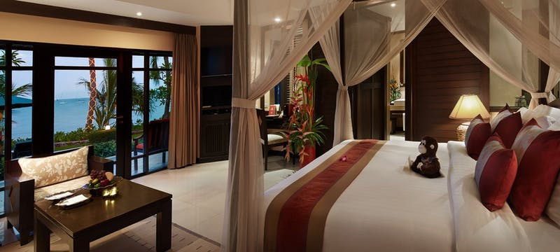 Beachfront villa with outdoor jacuzzi at Bo Phut Resort & Spa
