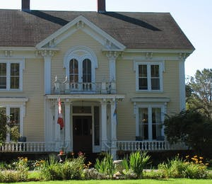 Exterior of Hillsdale House Inn, Annapolis Royal