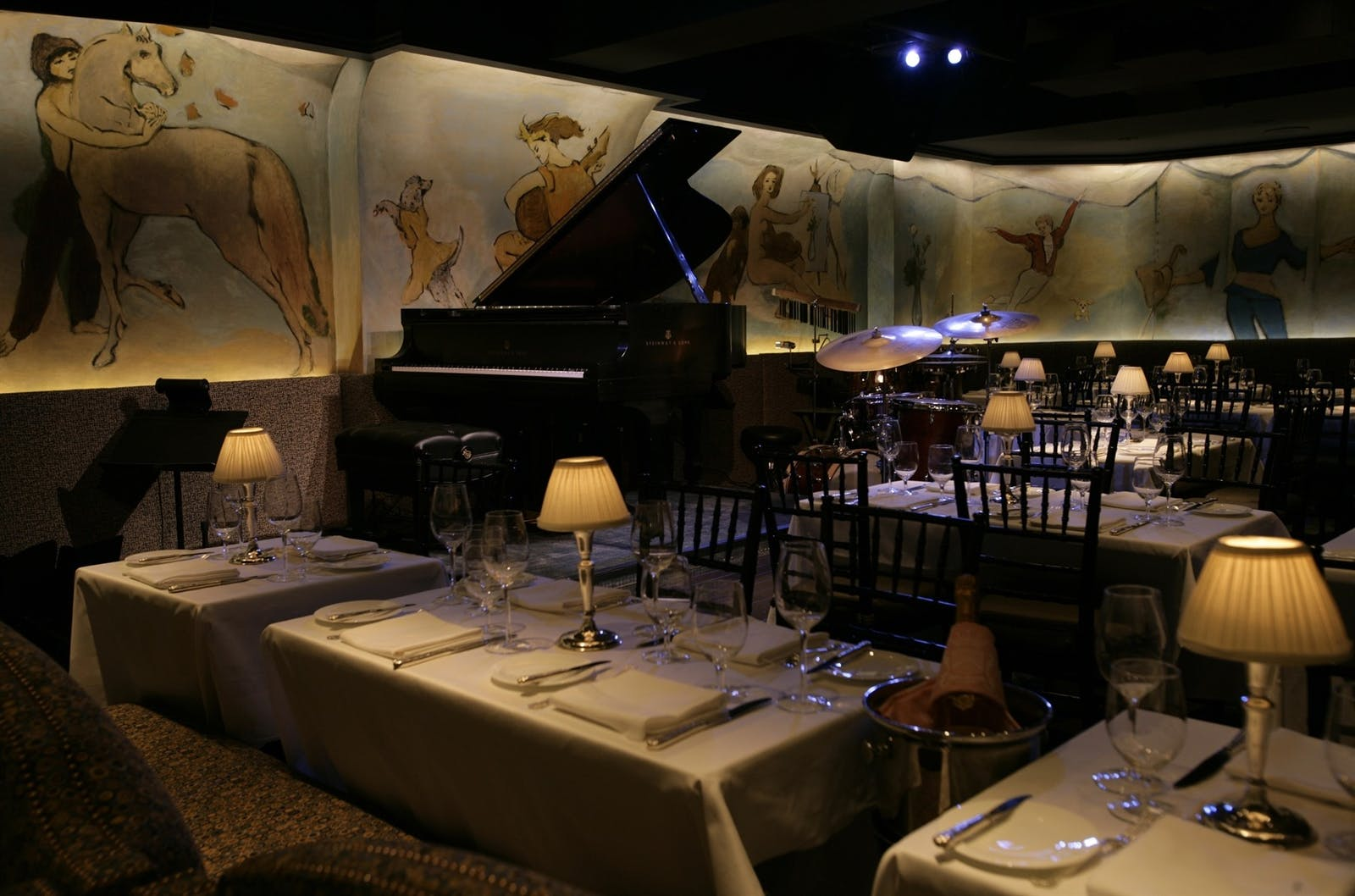 cafe carlyle at the carlyle a rosewood hotel