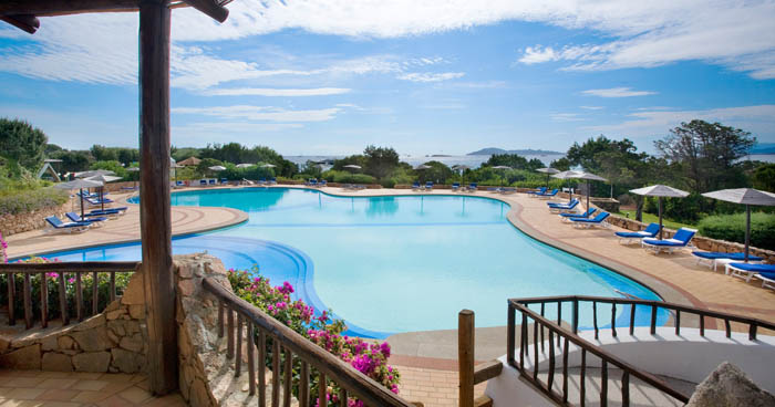 swimming pool at Hotel Romazzino, Sardinia