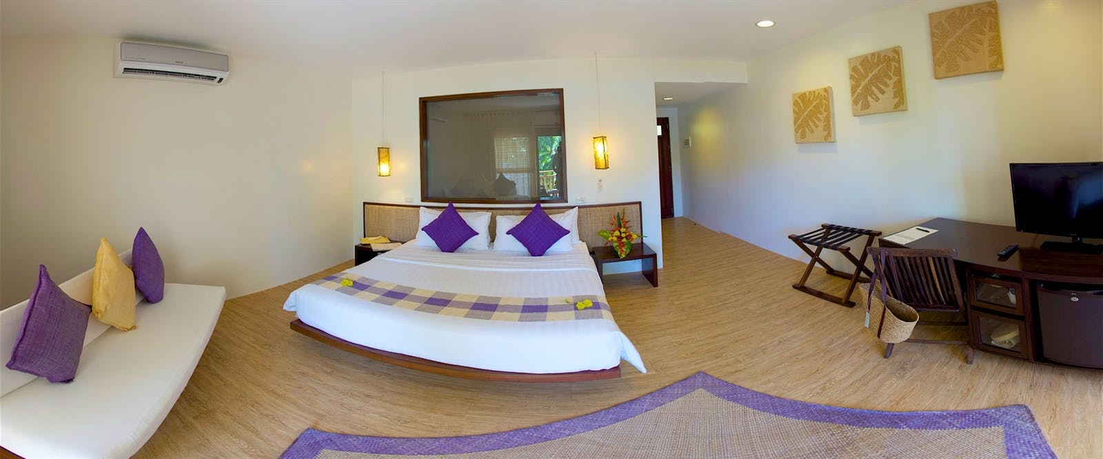 Deluxe King Room at Amun Ini Beach Resort & Spa, Philippines