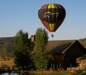 Exterior & Hot Air Balloon At Vista Verde Ranch