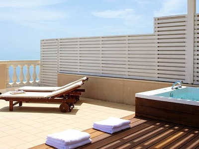 junior suite with private pool - garden view